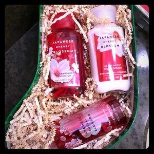 Bath and Body Works Japanese Cherry Blossom Set